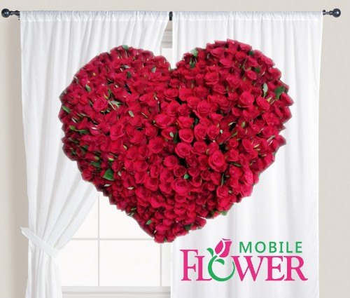 100 red roses heart shape basket / mobile flower pune