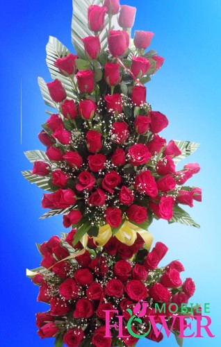 70 red roses basket / mobile flower pune