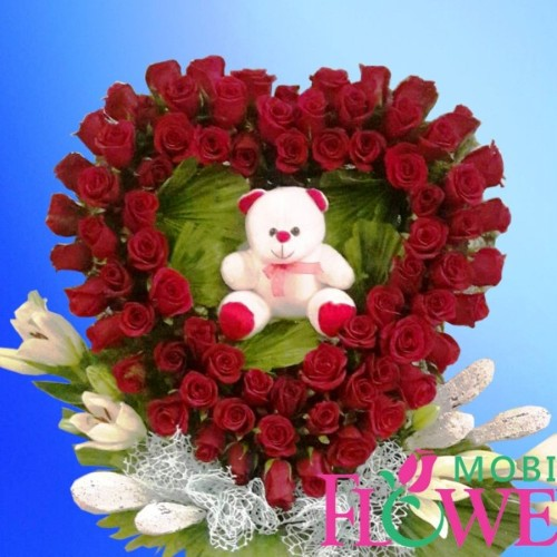 Roses n lily  heart shape with small teddy / mobile flower pune