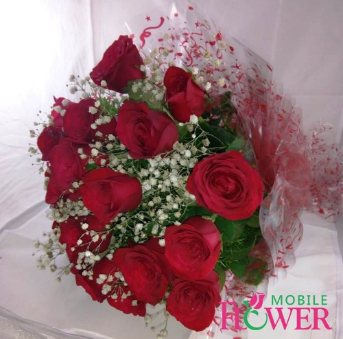20 Red roses bunch by mobile flower pune