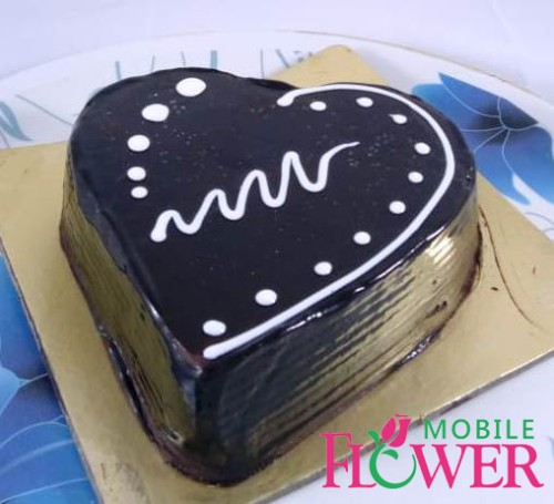 1/2kg heart shape chocolate cake by mobile flower pune