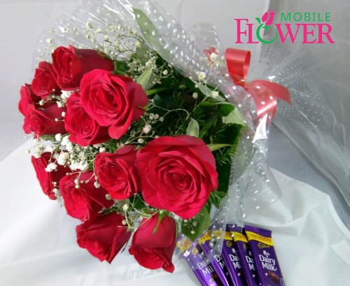Red roses bunch with 5 cadbury dairy milk chocolate by mobile flower pune