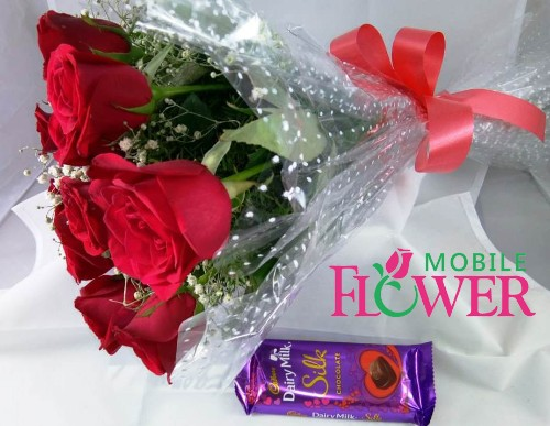Red roses bunch with 1 cadbury silk chocolate by mobile flower pune