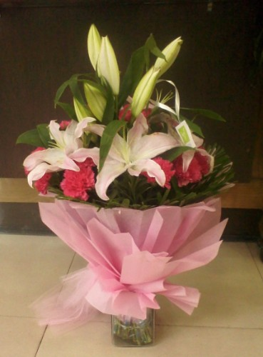 Trusted Flowers Delivery In Udaipur Samday And Midnight Flowers
