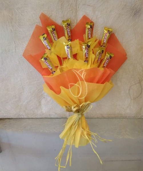 mix chocolate bunch mobile flower pune florist in pune cake maker in pune