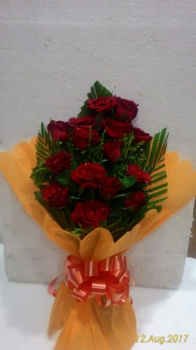 15 red roses one side hand bunch/just flowers, ahmednagar