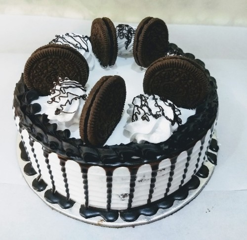One Pound Blackforest Oreo Cake
